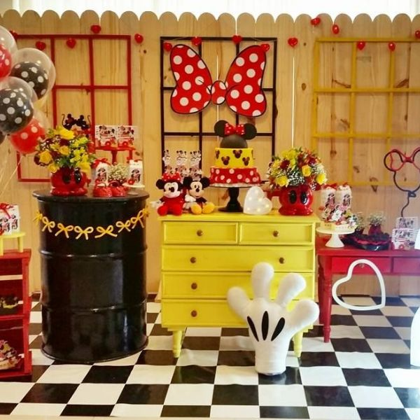 Colorful Minnie Mouse Birthday Party Ideas